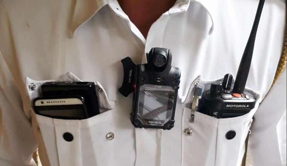 Mumbai police may soon sport 'Body Cameras'