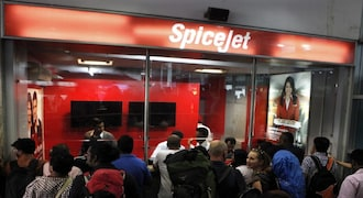 SpiceJet launches aviation course with Amity University