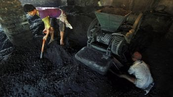 CIL trade unions serve one-day strike notice