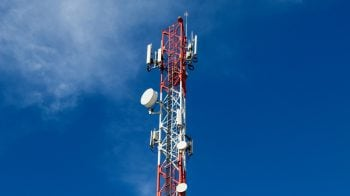 Fitch keeps 'Negative' outlook on telecom sector over heightened financial risks