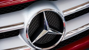 Mercedes-Benz delivers 550 cars during Navratri, Dussehra