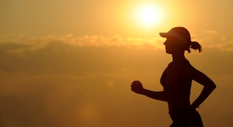 How safe is running a marathon? Heart doctors say it depends