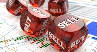 Nearly 30 stocks saw FY20 EPS downgrades in last 4 quarters; time to exit?