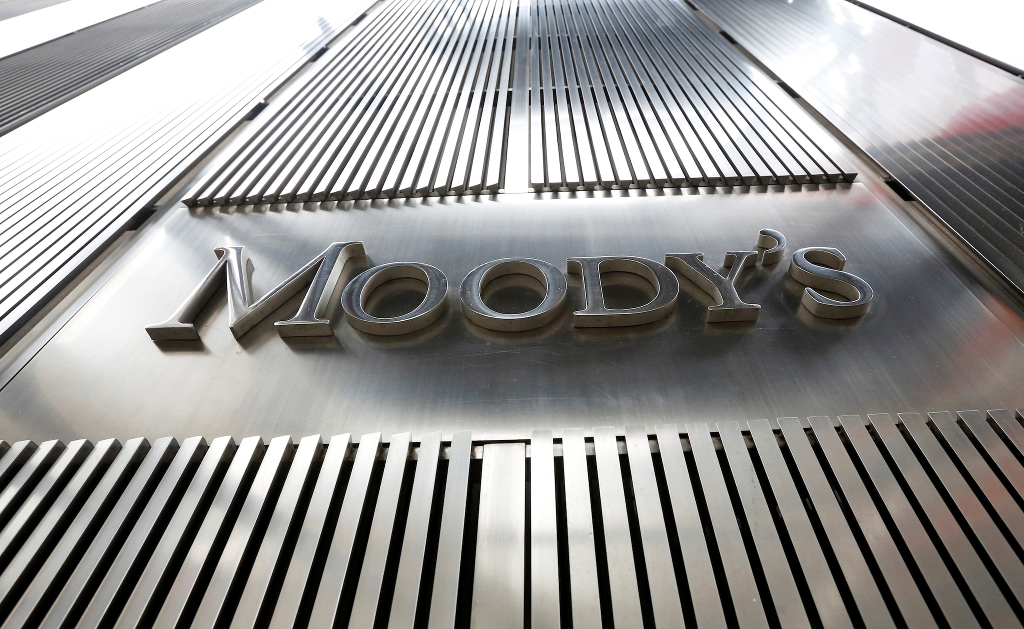 10. Moody's On New Government Policies: India's credit rating will depend on the policies of the new government, Moody's said Thursday and expressed hope that the country would continue with its fiscal consolidation plan.
