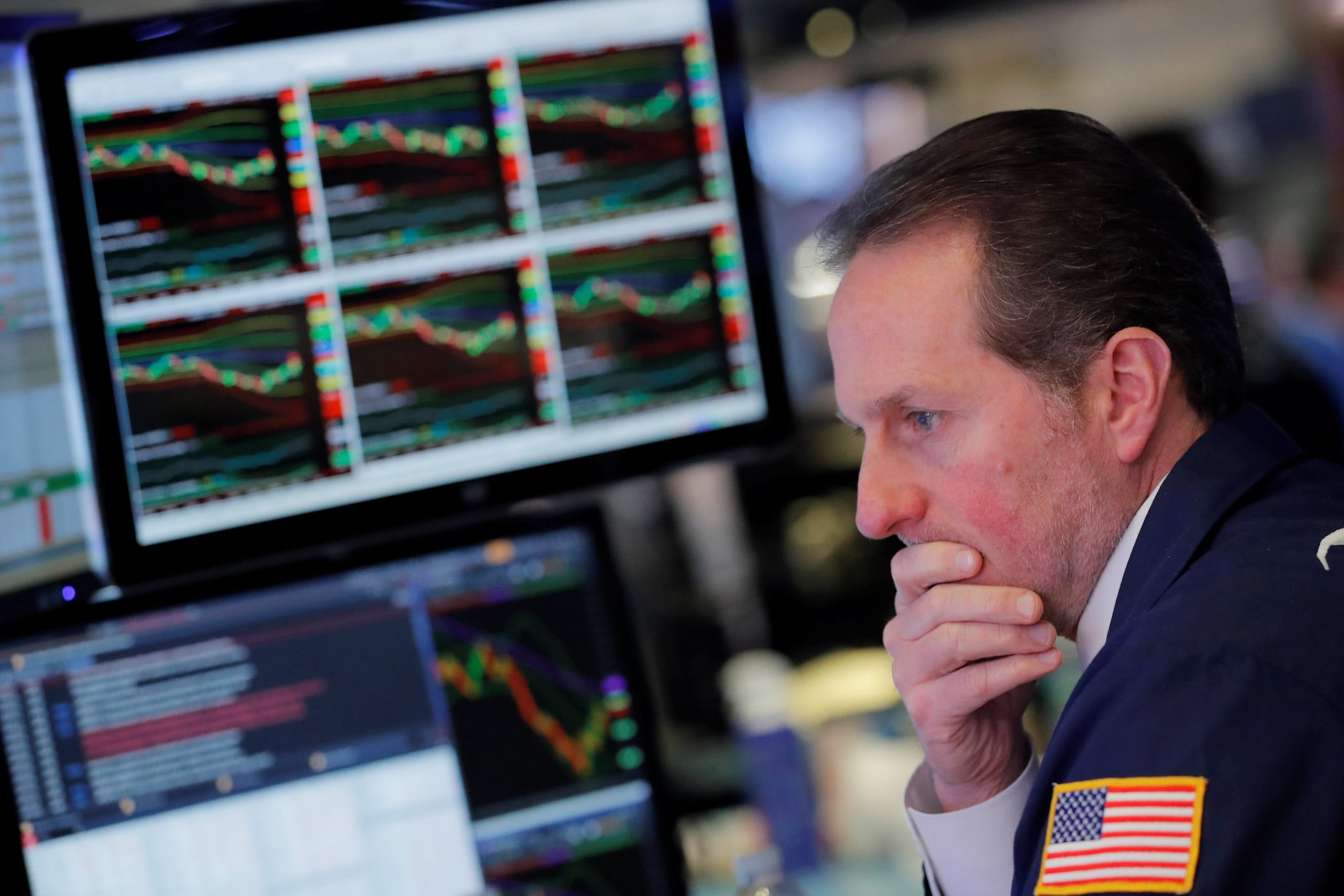 2. US: US stocks dipped on Friday, as the S&P 500 snapped a three-day streak of record closes, following an unexpectedly strong US payrolls report that led investors to reassess how dovish a stance the Federal Reserve may take at its next meeting. The Dow Jones Industrial Average fell 43.88 points, or 0.16 percent, to 26,922.12, the S&P 500 lost 5.41 points, or 0.18 percent, to 2,990.41 and the Nasdaq Composite dropped 8.44 points, or 0.1 percent, to 8,161.79. (Image: Reuters)