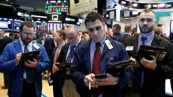 Global stocks dip on oil, tech weakness; oil slips after Trump remarks