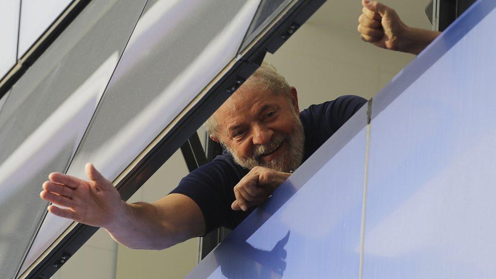 Ex-President Lula da Silva surrenders to Brazilian police