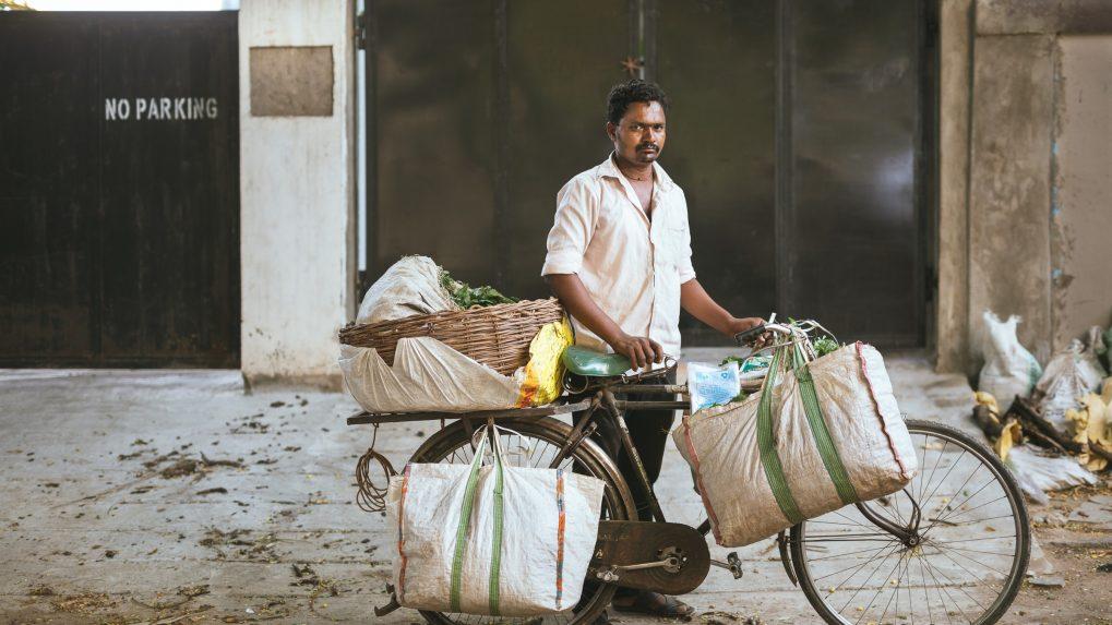 Maharashtra takes food directly from farmer to housing societies