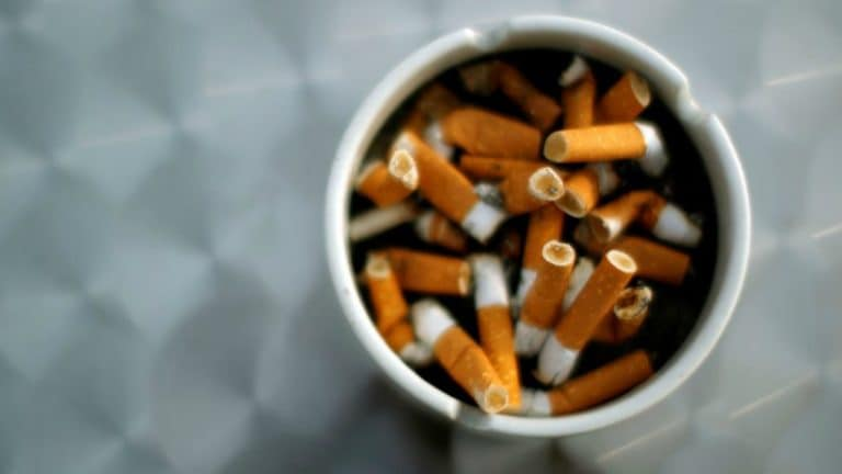 Make short films with actors who smoke on screen to give anti-smoking message, says panel to government