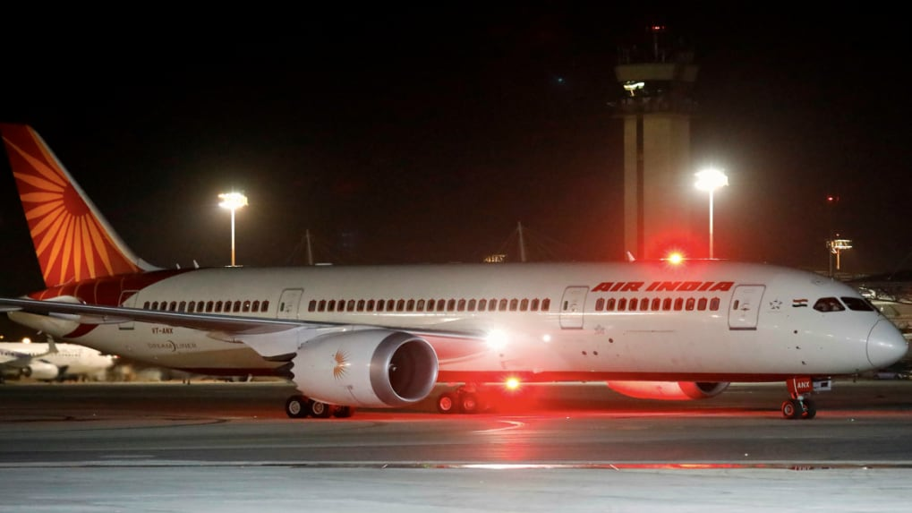 Air India lost over Rs 10 crore every day of 2017-18, failed to utilise fall in oil prices