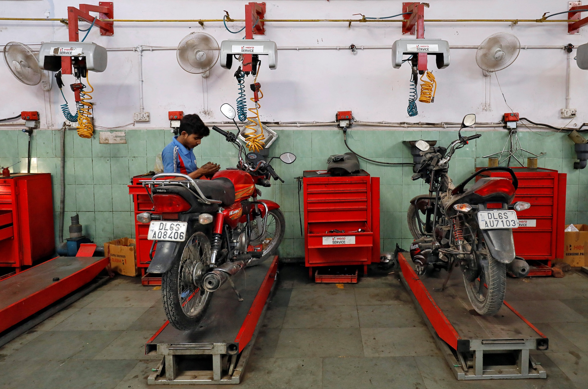 Hero MotoCorp fell 1.4 percent to hit its 52-week low of Rs 2,225.60 per share on the NSE after it posted a 35.89 percent increase in consolidated net profit at Rs 1,256.69 crore for the first quarter ended June 30, 2019, on the back of a one-off exceptional gain of Rs 737.48 crore. (Image: Reuters)