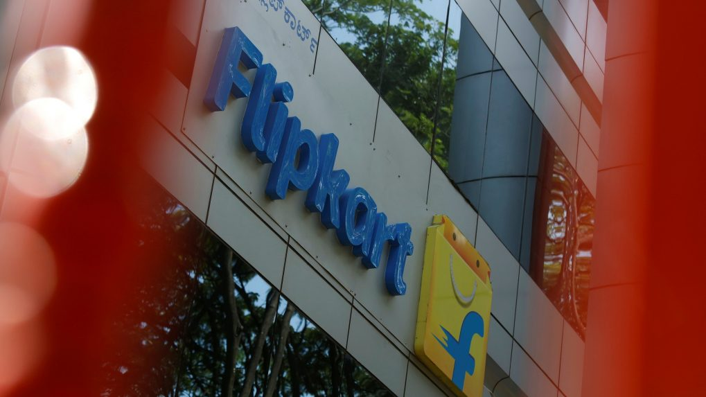 Flipkart to enter food retail with Rs 2,500 crore warchest