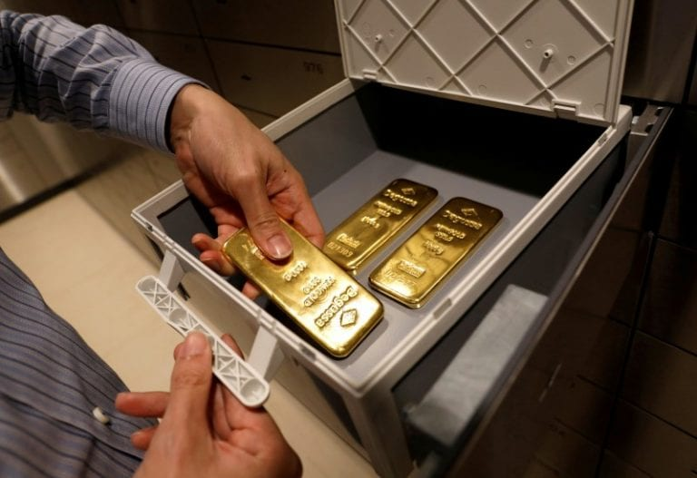 Gold prices rises on global cues and increased buying by jewellers