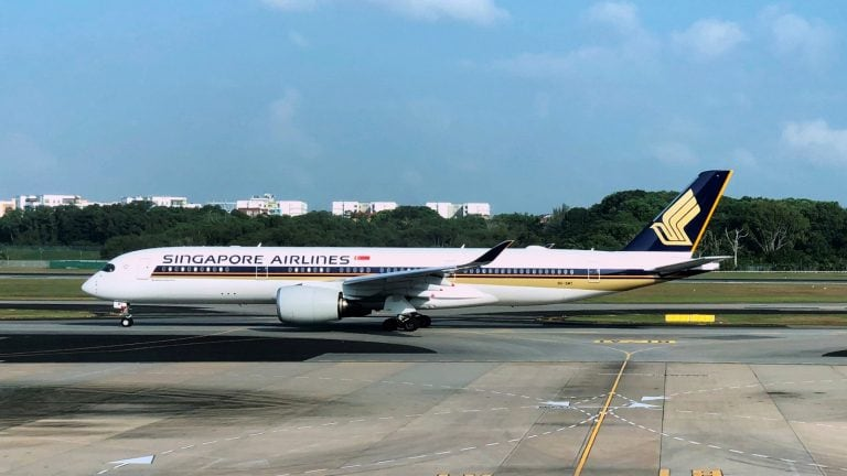 Singapore Airlines to upgrade SilkAir's cabins before merger