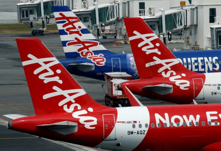 DGCA suspends two pilots of AirAsia India in Bagdogra incident