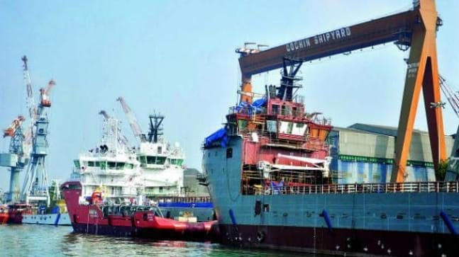 Port workers' 10.6% wage hike to cost government Rs 560 crore a year