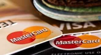 Five credit card mistakes to avoid this festive season