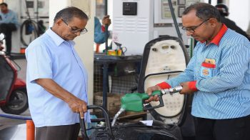 Fuel prices hike by Rs 2 per litre in Mumbai