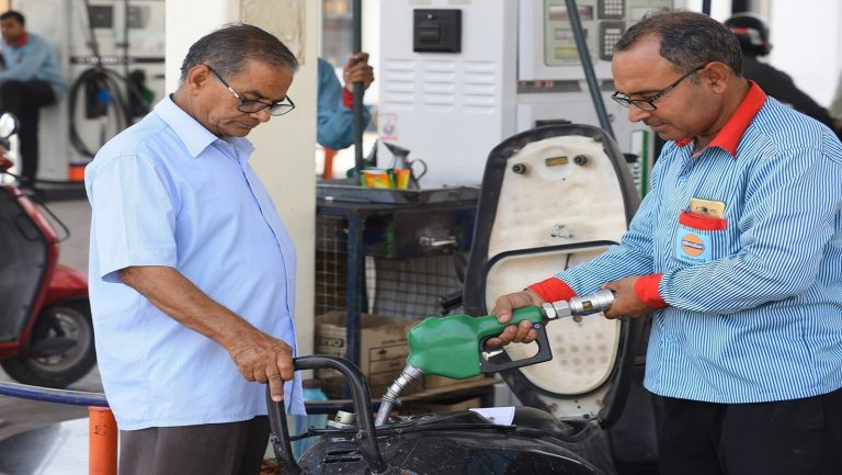 Fuel prices stable for third day, petrol at Rs 76.25/litre in Mumbai