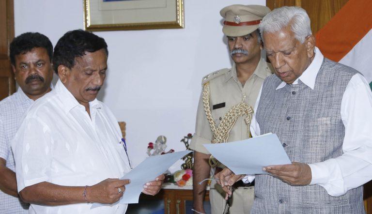 Supreme Court dismisses plea against  pro tem speaker in Karnataka