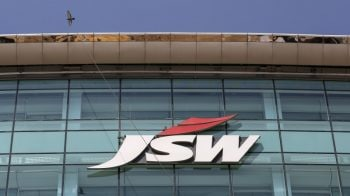 JSW Steel's net profit jumps manifold to Rs 2,669 crore in December quarter