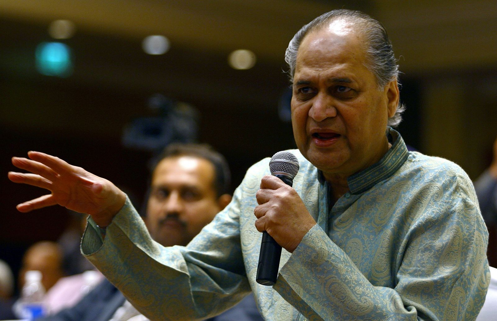 Bajaj Finserv: The company on Wednesday said its chairman and non-executive director Rahul Bajaj has resigned and will serve as the Chairman Emeritus from May. (Image: Reuters)