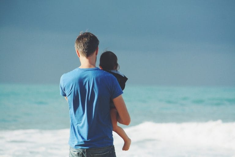 The bond between fathers and their little girls