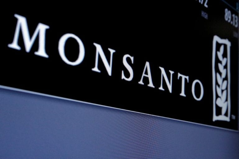 US jury orders Monsanto to pay $ 290 million to cancer patient