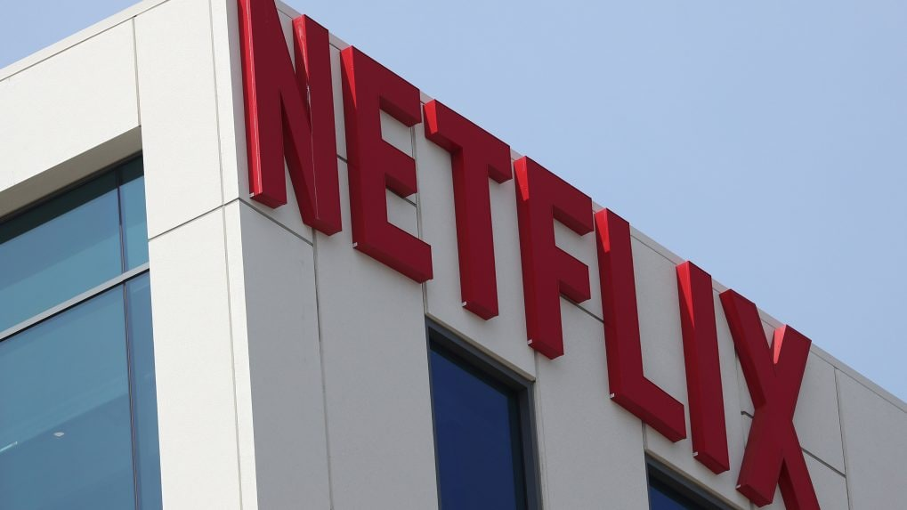 Netflix finance chief David Wells to step down