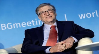 Neil deGrasse Tyson puts into perspective just how rich Bill Gates is