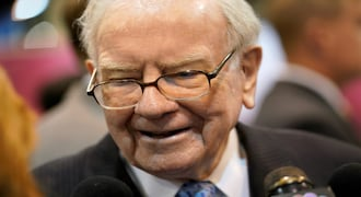 Berkshire shares climb after Buffett is empowered to buy back more stock