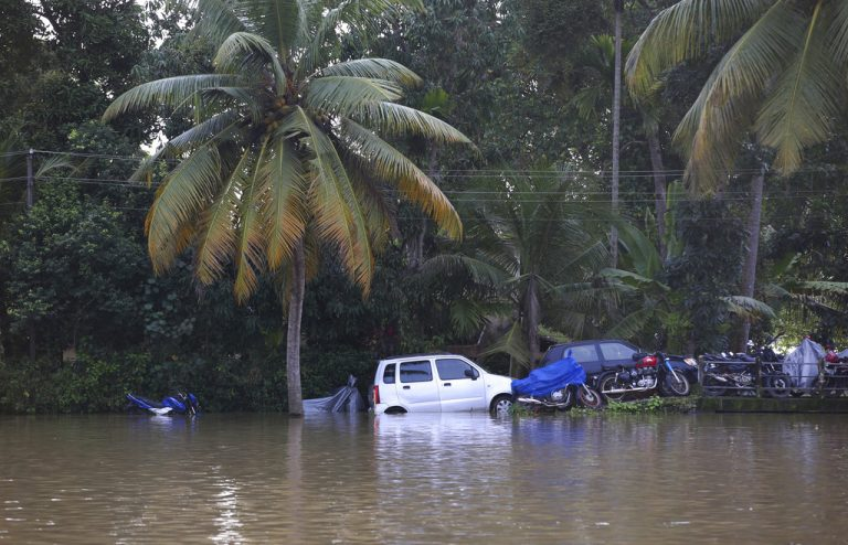 CM urges Malayalees to donate one month salary to rebuild Kerala