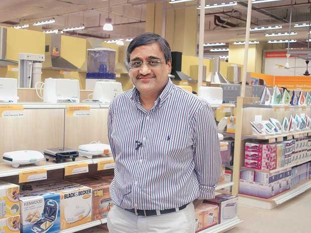 Blackstone to invest Rs 1,725 crore in Kishore Biyani's Future Fashions, says report