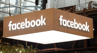 Facebook enforces political ad transparency feature in UK