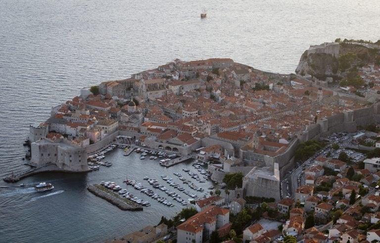 Mass tourism threatens Croatia's 'Game of Thrones' town
