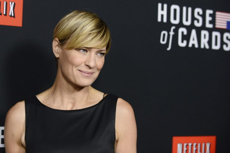 'House of Cards' trailer has Robin Wright at center stage