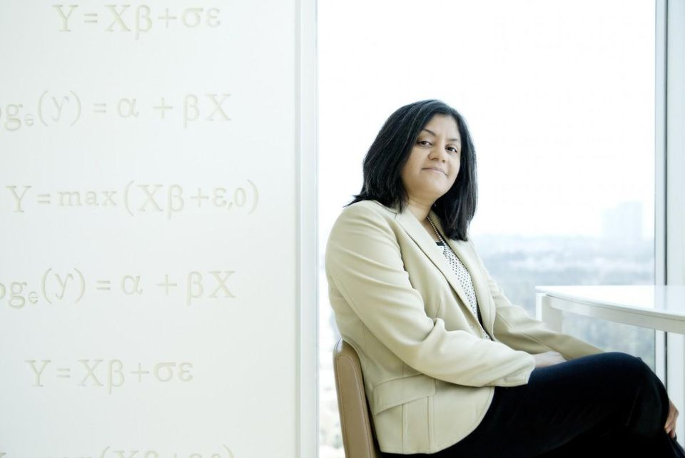 8. Ambiga Subramanian, CEO of data analytics firm, Mu Sigma, has a net worth of Rs 2,500 crore.