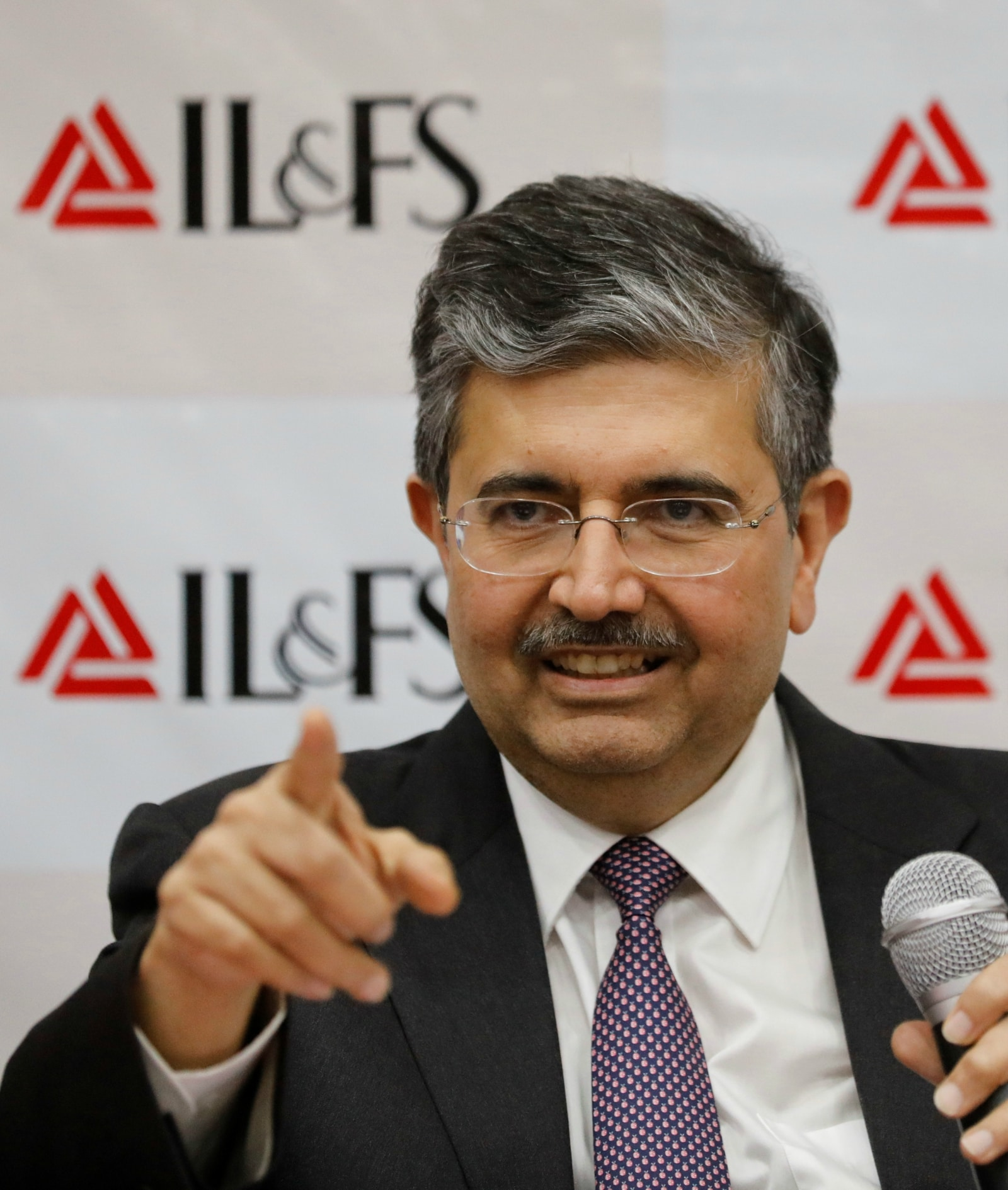 6: <strong>Uday Kotak</strong>, who is the CEO and managing director of Kotak Mahindra Bank, has a total wealth of Rs 94,100 crore.