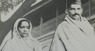 How I found Gandhi in Durban, 125 years after he was removed from train