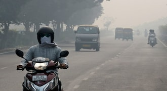 Delhi's air quality recorded in 'very poor' category, authorities warn of deterioration