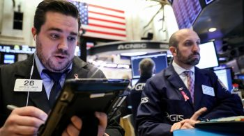 S&P 500 climbs towards record high, earnings in focus
