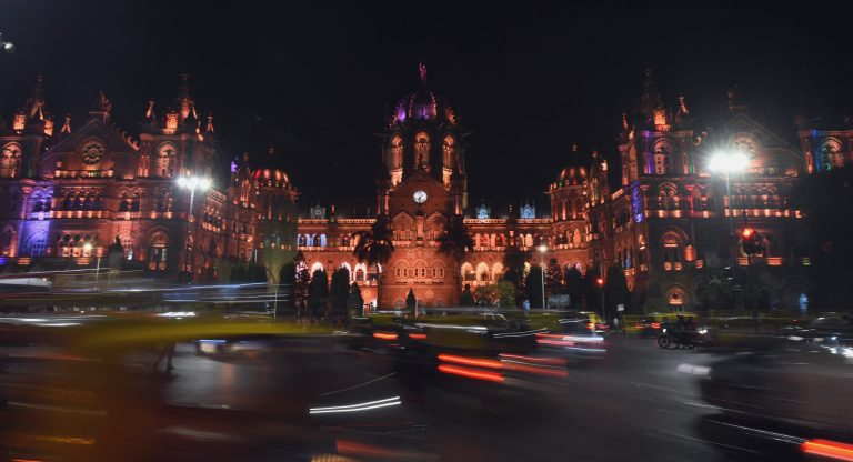 Tributes paid to martyrs on 10th anniversary of 26/11 attack
