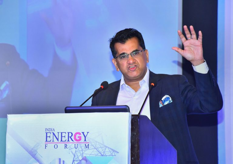 Niti Aayog CEO to head transformative mobility panel