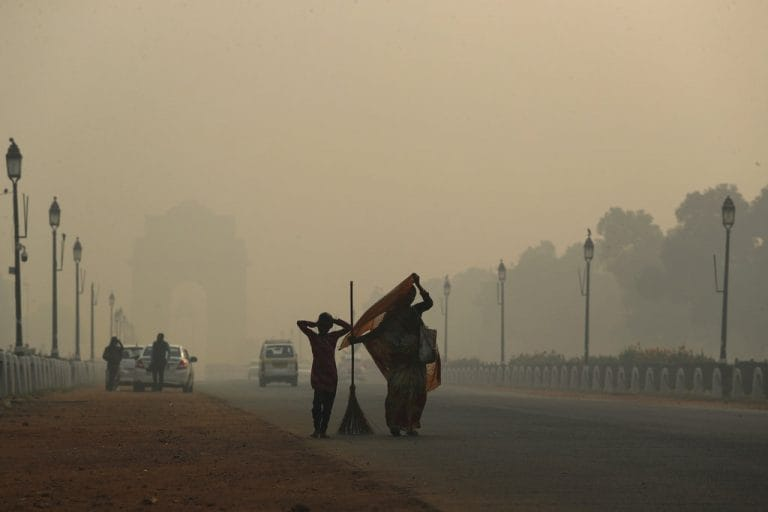 Delhi's air quality very poor, MeT conditions slightly favourable for pollutant dispersion