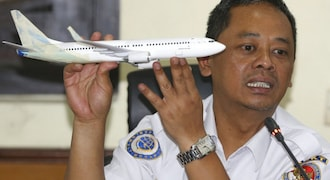 Experts say optional warning light could have aided Lion Air engineers before crash