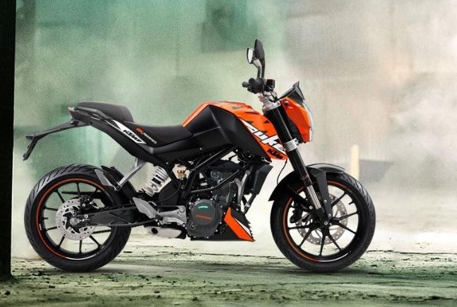 Bajaj Auto launches KTM 200 Duke with ABS