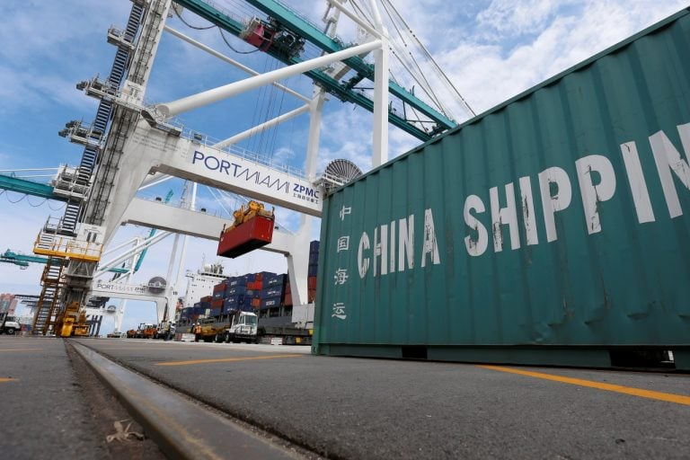 US trade deficit hits 10-year high; job growth slowing