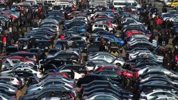 Auto industry bets big on scrappage policy