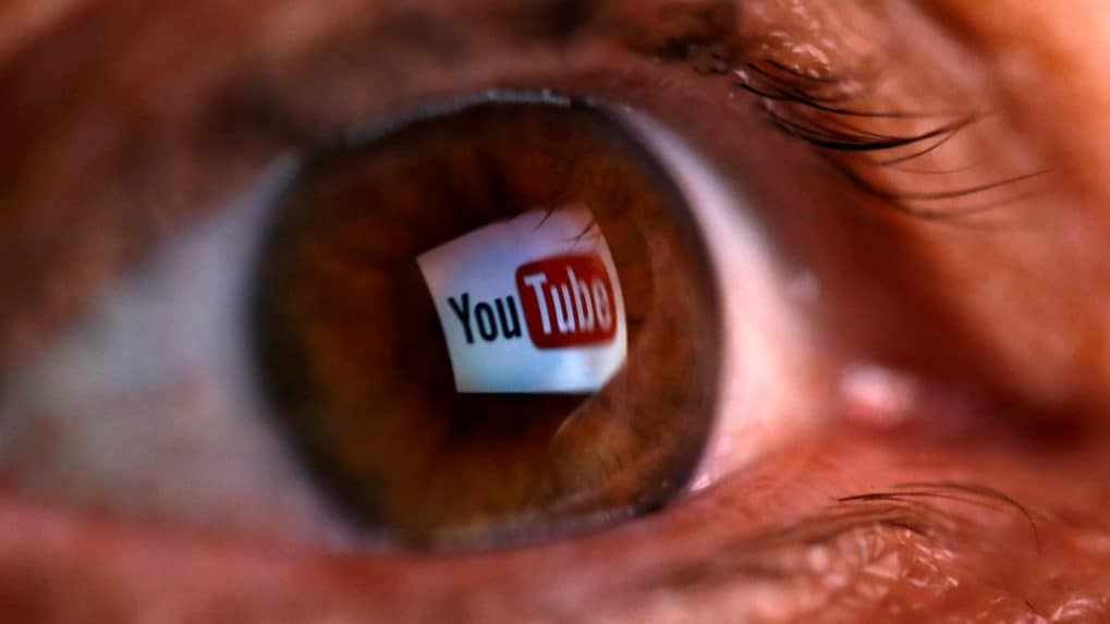 YouTube criticised on Twitter for lifting Christmas holiday video