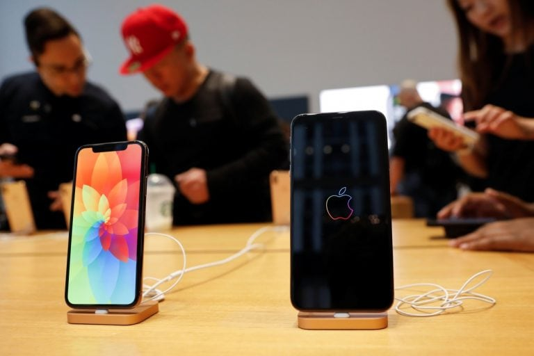 Apple Cuts Prices of iPhone, More in China